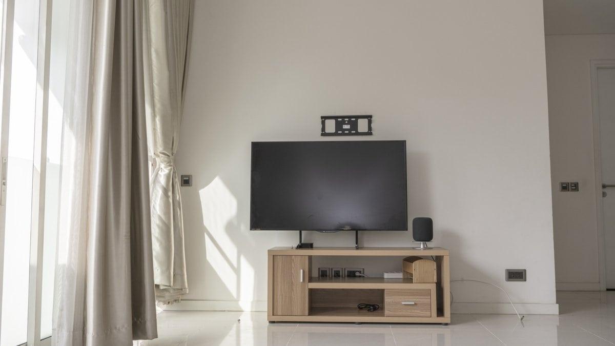 Tv In Woonkamer Op Tv Kast