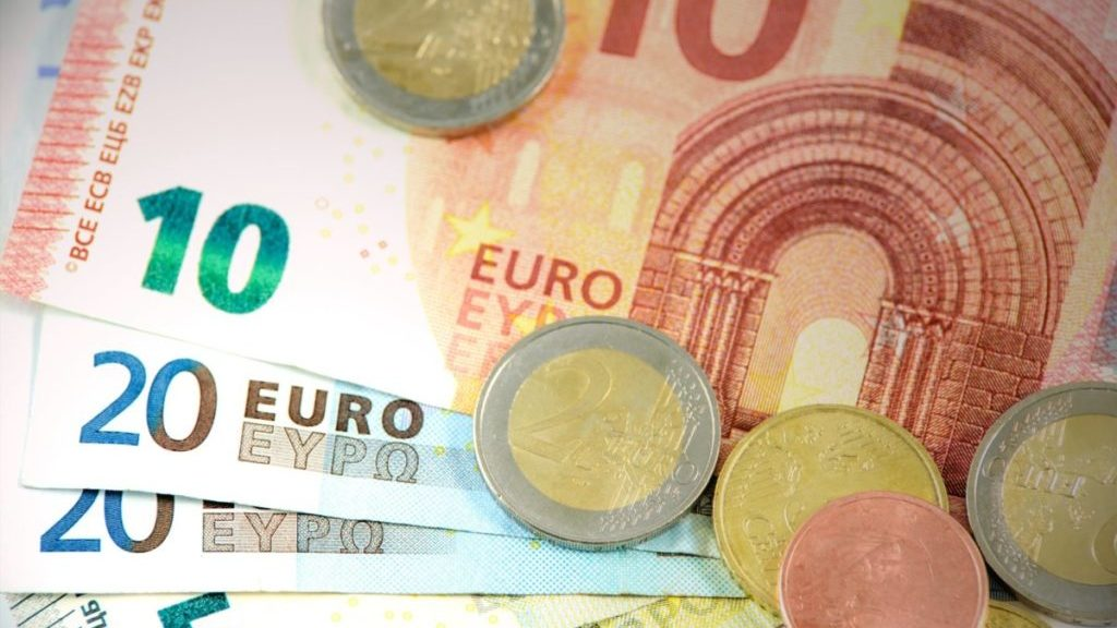 Euro's, muntjes en briefgeld, bovenaanzicht