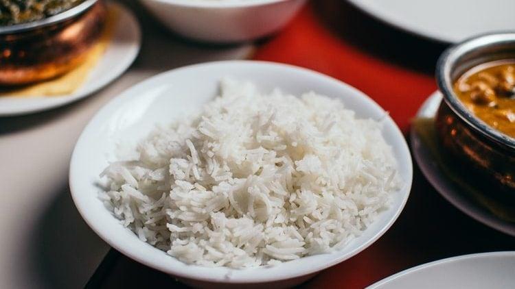 Gekookte witte rijst