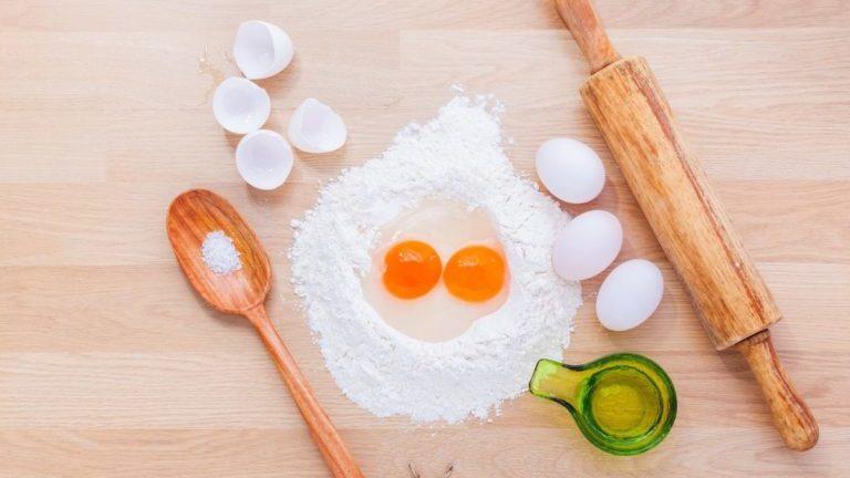 bakspullen eieren deegroller