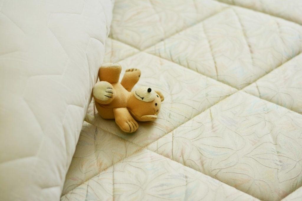 Mattress met teddybeertje