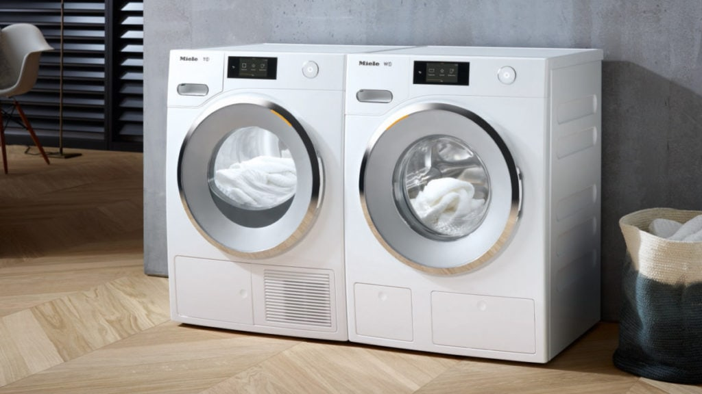 Wasmachine en droger vooraanzicht