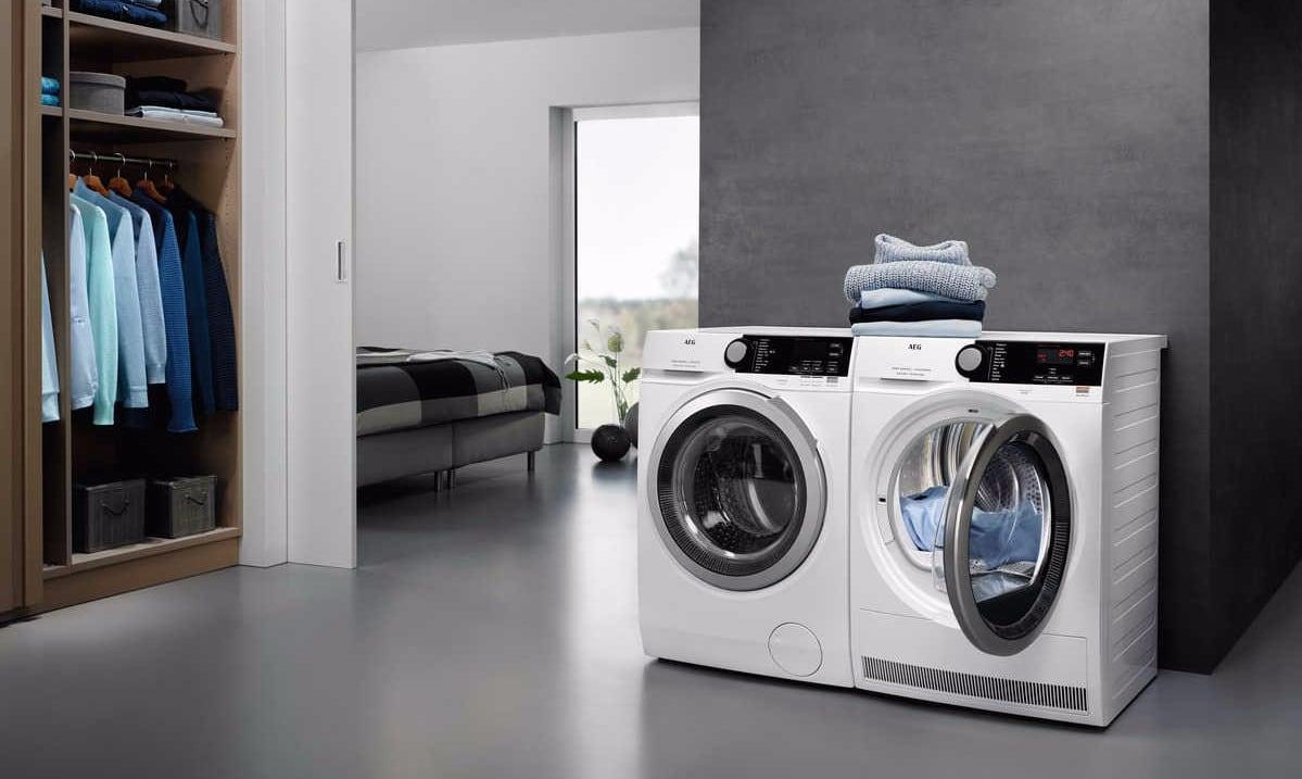 Aeg Warmtepompdroger En Wasmachine Vooraanzicht