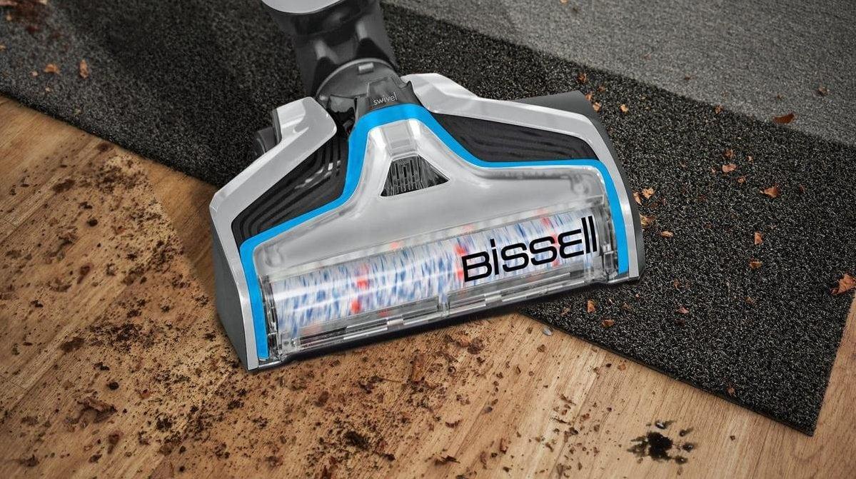 BIssell mond bovenaanzicht op tapijt en hout