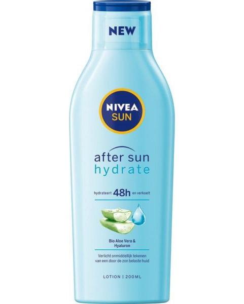 Blauwe Nivea Aftersun fles van voren