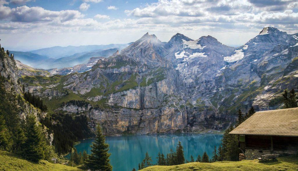 De Alpen in Switzerland, vooraanzicht