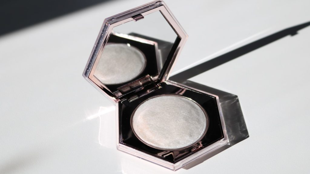 De Beste Highlighter voor de Mooiste Glowy Make-up!
