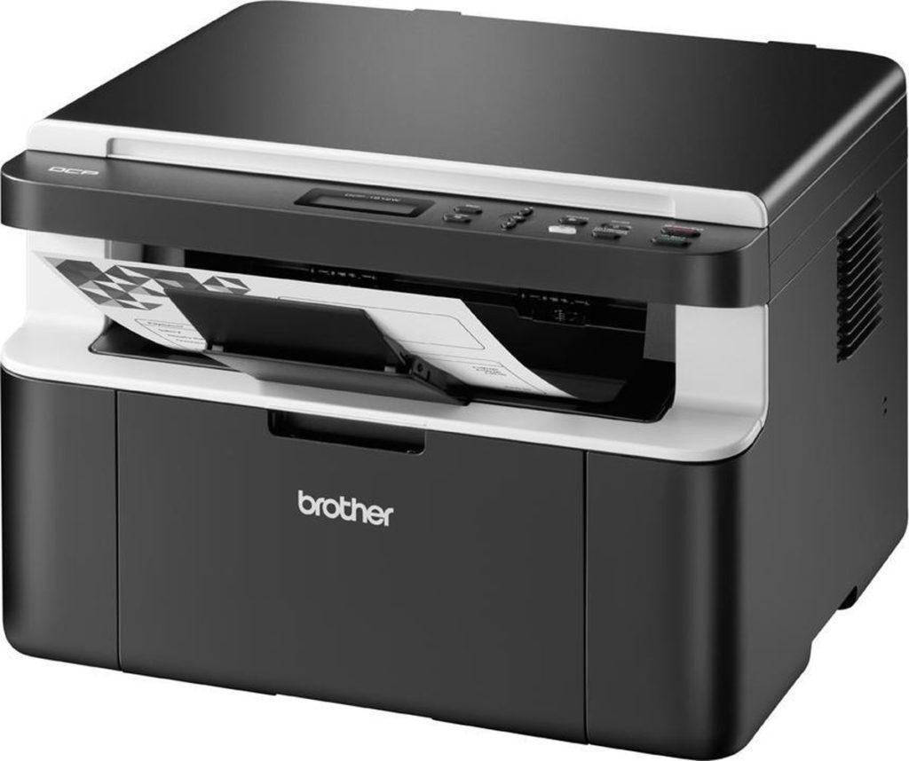 Zwarte printer van Brother, vooraanzicht