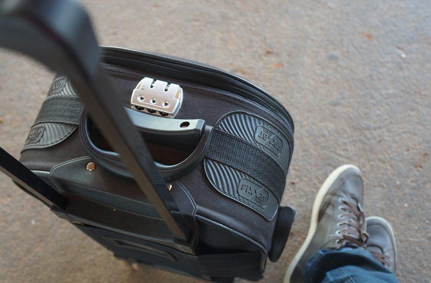 Koffer met slotje, bovenaanzicht